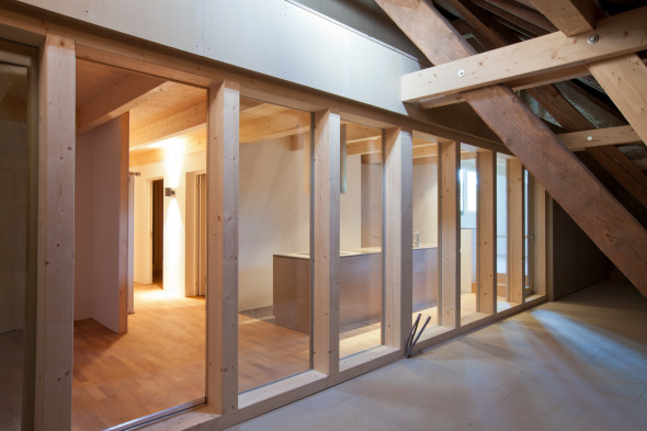 5-Zi-Whg Aussenbereich unter Dach © ROT