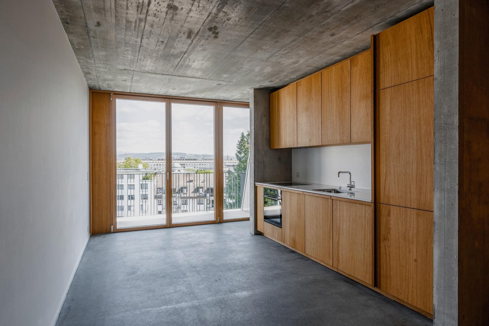 Küche:  Furnieroberflächen Eiche geölt © Boris Haberthuer
