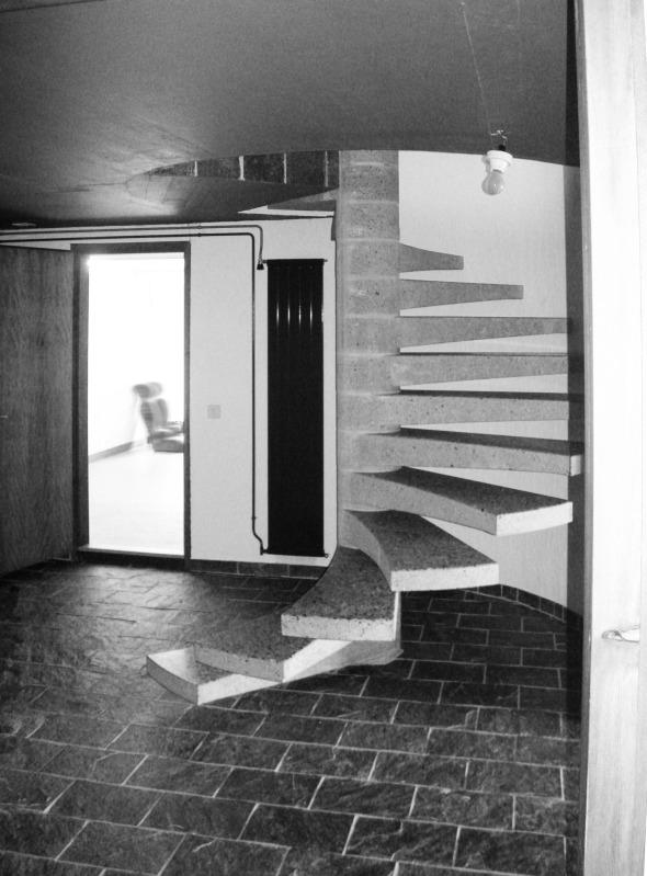 Cage d'escalier avant la rénovation © Antonietty Architekten AG