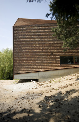 Façade en tuiles plates © Galletti & Matter architectes