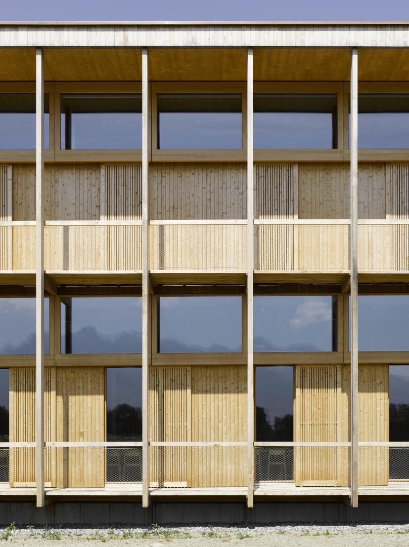 Schultrakt Ausschnitt Südwestfassade © Seraina Wirz, Atelier für Architekturfotografie, Böcklinstrasse 17 8032 Zürich