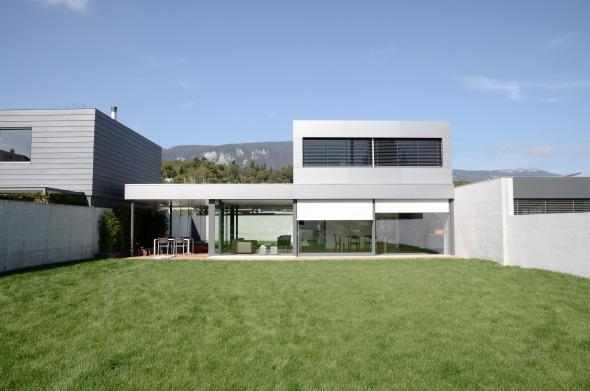 Haus mit Südgarten © guido kummer + partner architekten