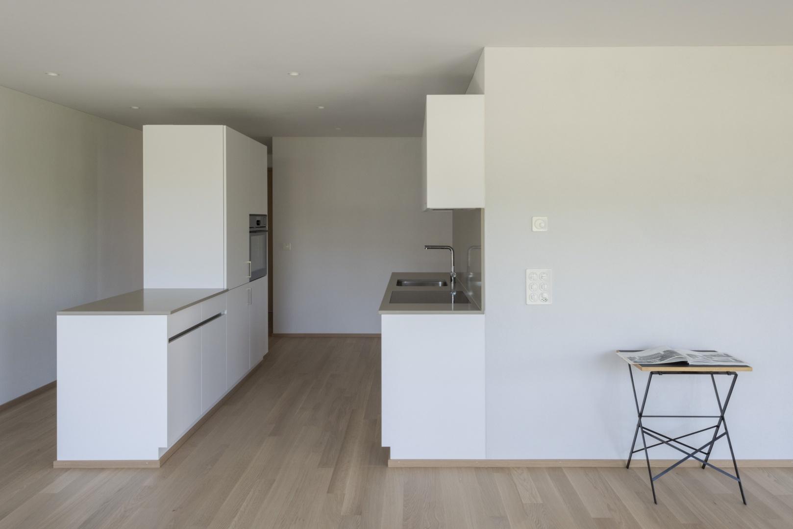 Küche und Garderobe © Laura Egger