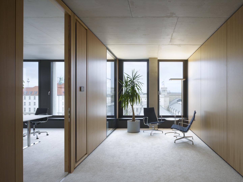 Bürogebäude am Hamburger Bahnhof - Bürogeschosse © Ruedi Walti Forografie, Basel