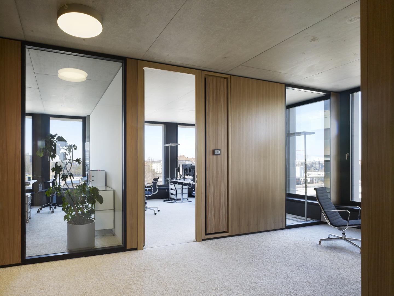 Bürogebäude am Hamburger Bahnhof, Berlin - Bürogeschosse © Ruedi Walti Forografie, Basel
