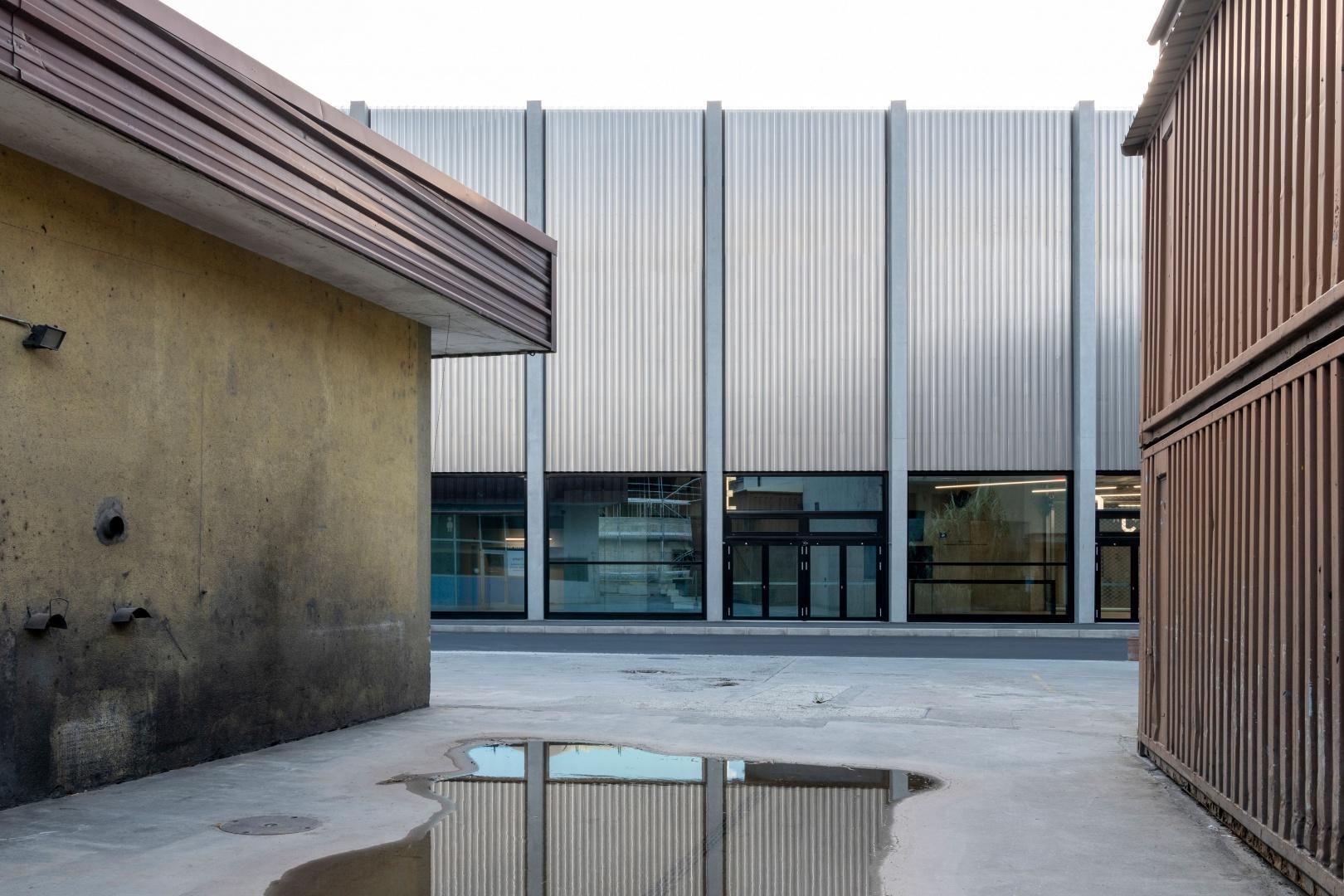 Aussenansicht Rückseite, Lonza Arena © Scheitlin Syfrig Architekten, Fotograf Simon von Gunten