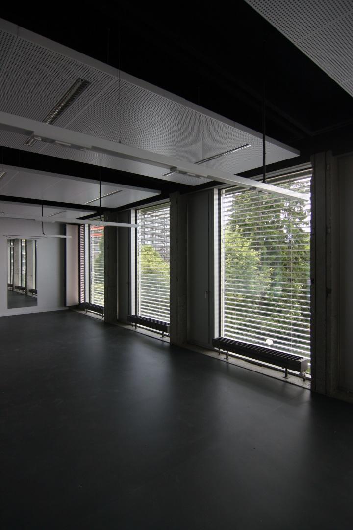 Salle de classe © Guenin Huni Architectes