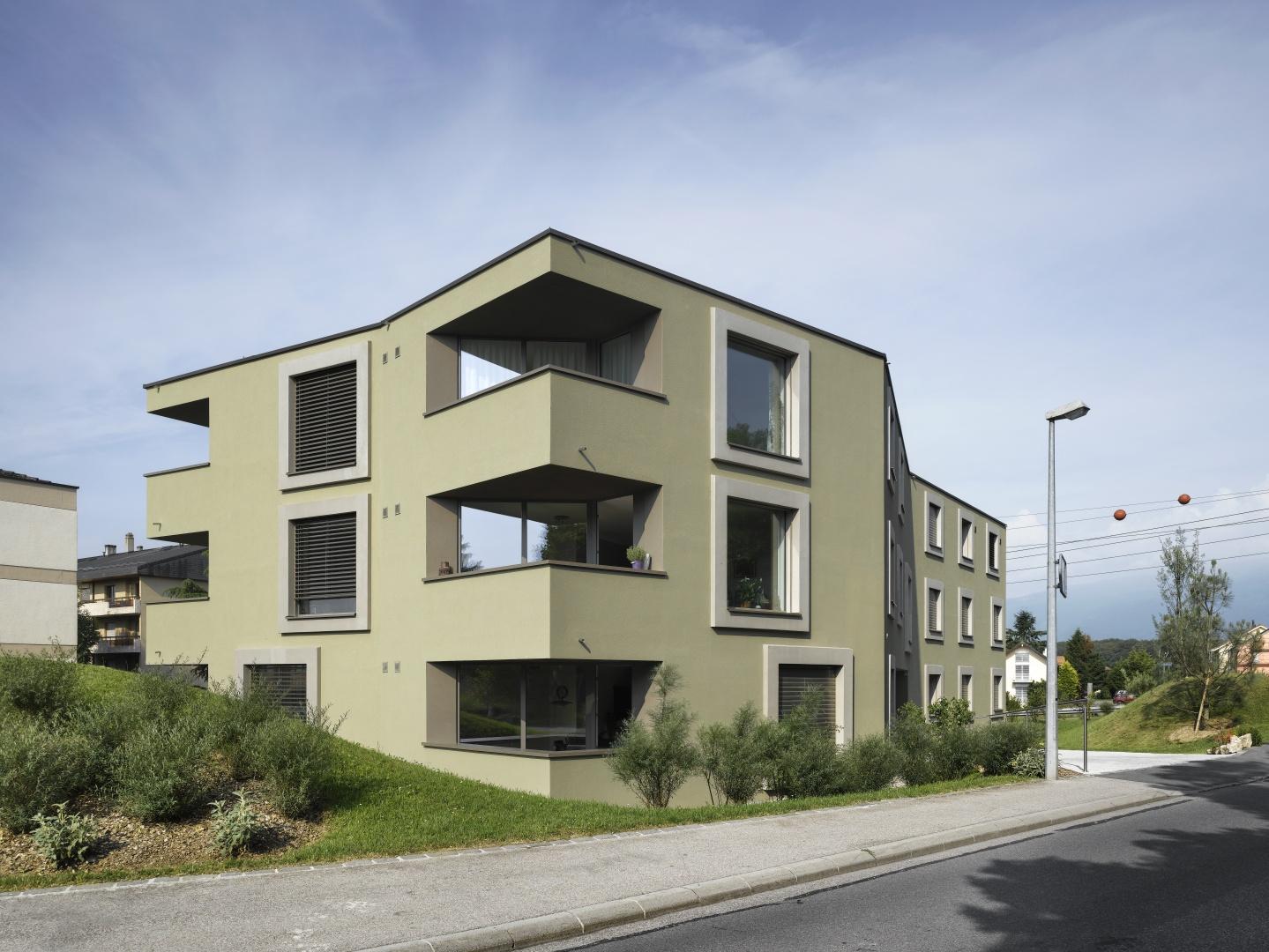 Logements prot g s les papillons documentation suisse for Architecture suisse