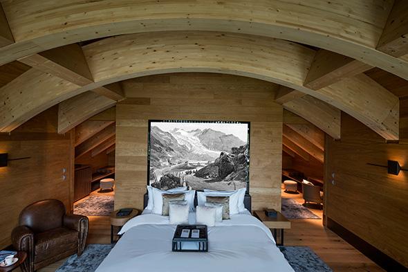 Furka Suite Master Bedroom © Reto Guntli