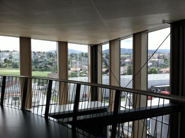 Innenansicht, Mezzaningeschoss im 5. OG © Concept Consult Architectes SA (Photo Frédéric Biver)