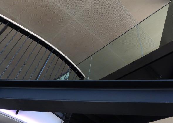 Innenansicht Detailaufnahme Mezzaningeschoss im 5. OG © Concept Consult Architectes SA (Photo Frédéric Biver)
