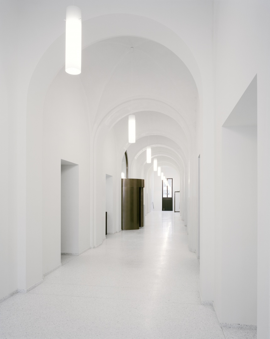 Eingangshalle ©  Tonatiuh Ambrosetti / Bundesamt für Bauten und Logistik BBL