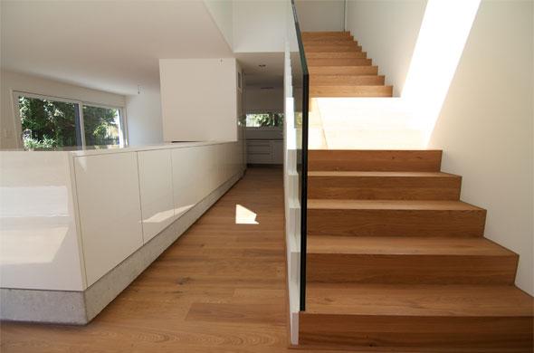 Accès étages, escalier © B & M Architekten
