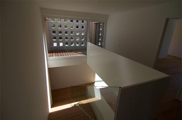 Galerie au premier étage, atrium © B & M Architekten