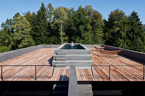 Dachterrasse mit Pool © Leonardo