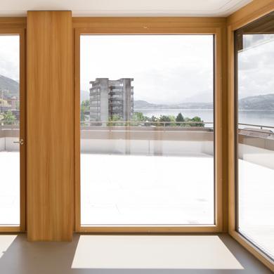 Wohnung, Balkon, Blick auf den See © Foto: Roman Keller