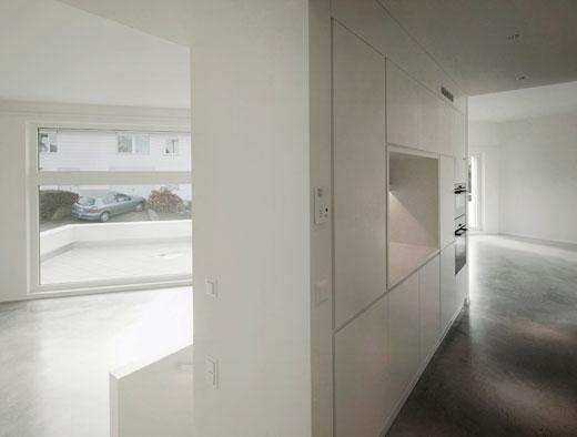 Küche-Wohnen © Dominic Schmid Architektur