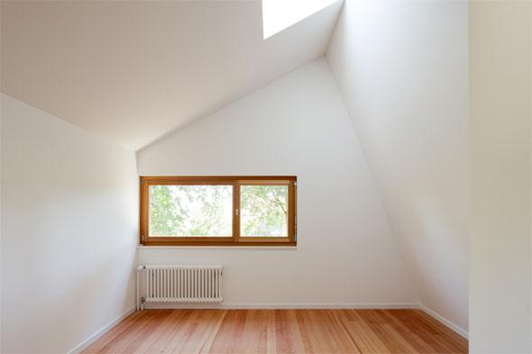 Das erweiterte Zimmer im Obergeschoss © Beat Bühler