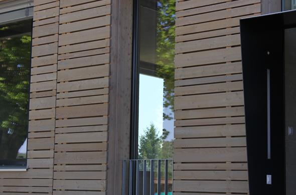 Fassadenverkleidung mit Lärchenholzschalung
