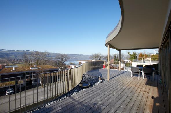 Terrasse mit Panoramablick © eta architekten
