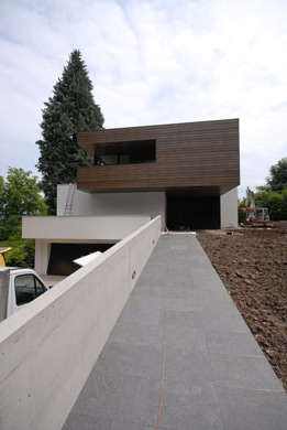 Zugang © Antonietty Architekten