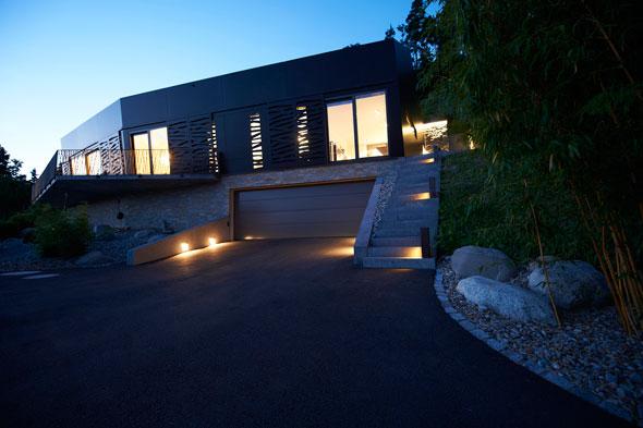 Südfassade am Abend © A. Gampiche
