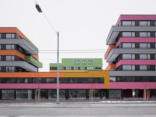 Längsbau an der Wehntalerstrasse. © Roger Frei