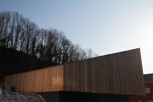 Vue nord-est: Aucune ouverture, étant donné la proximité des immeubles au nord et à l'est. © Philippe Joner