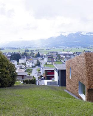 Fassade Ost und Nord mit Blick auf die Linthebene
