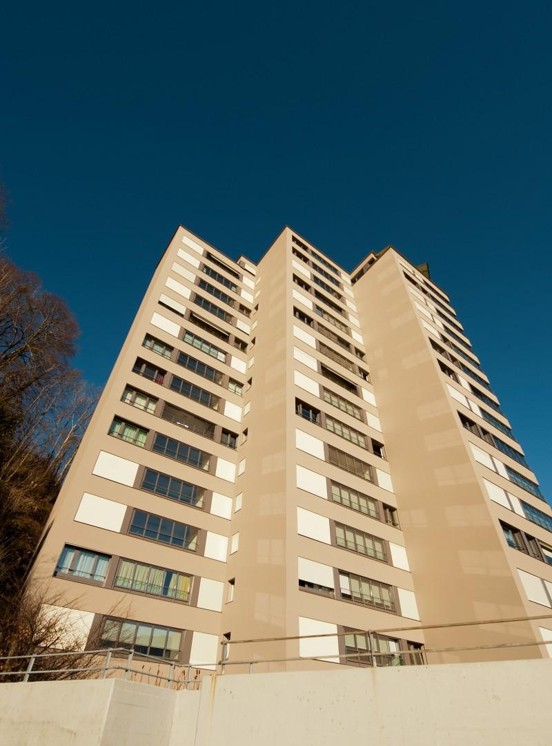 Süd-West-Fassade von unten © B+B Planer AG