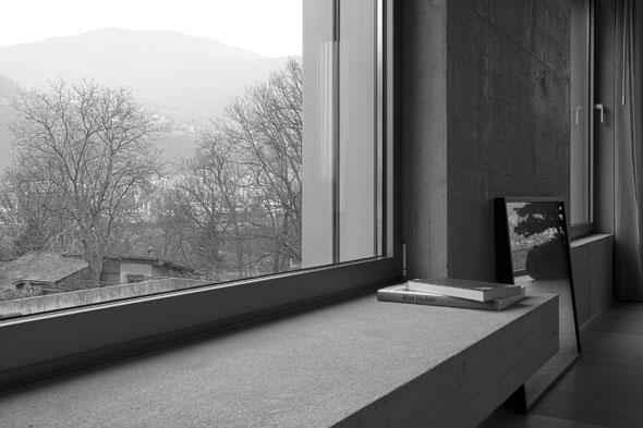 Fensterbank © Simone Bossi