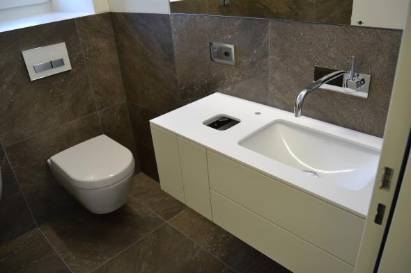 Die Sanitär-Anlagen wurden mit hochwertigen Materialien ausgestattet - Wohlfüherlebnis auf kleinem Raum!