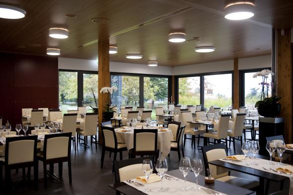 Vue intérieure - Salle de restaurant 1
