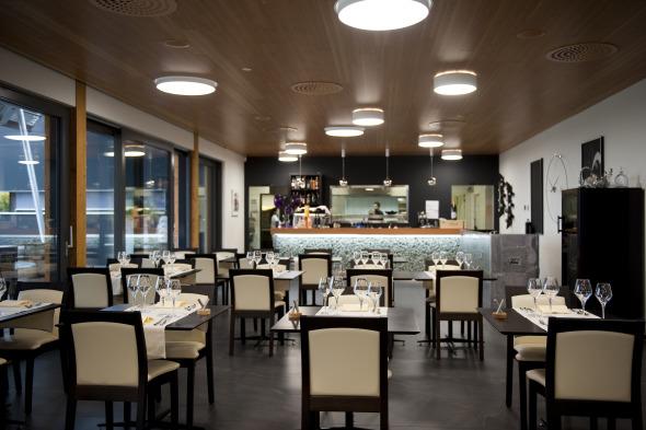 Vue intérieure - Salle de restaurant 3