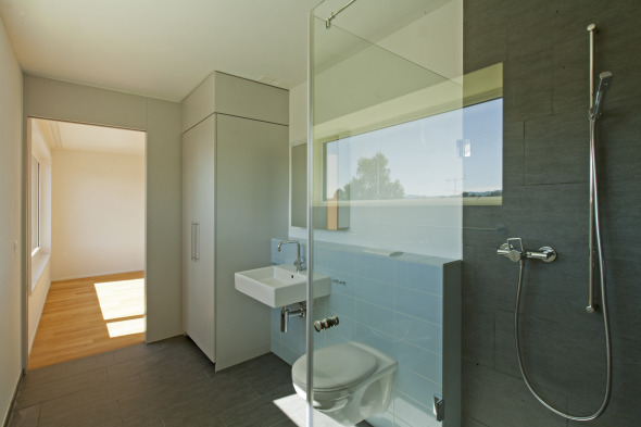 Alterswohnen Seon - Durchschreite Bad © Joachim Mantel