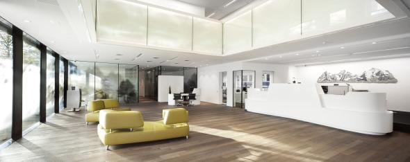 Empfang und Lounge © von allmen architekten ag, Foto R. Baumer