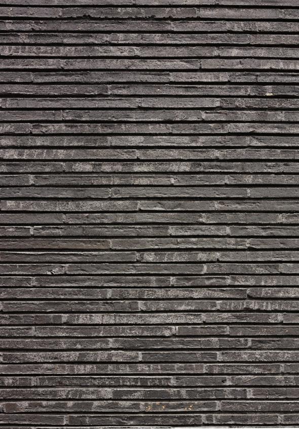 Länglicher, flacher Handformstein aus englischem Ton des dänischen Klinkerwerks Petersen Tegl © K&L Architekten © K&L Architekten