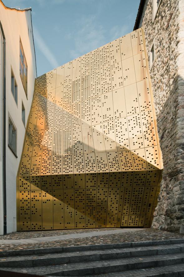 Fassade frontal © Dominique Marc Wehrli