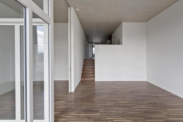 Wohnung mit überhohen Räumen © René Dürr
