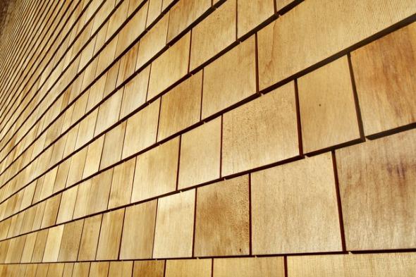 Schindeln aus Zedernholz © Renggli AG
