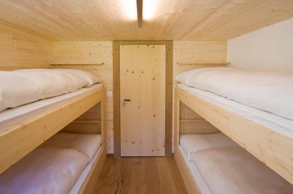 Vierbett-Zimmer