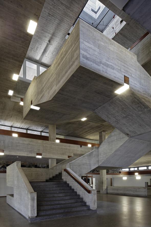 Cage d'escalier bâtiment principal © rlc AG