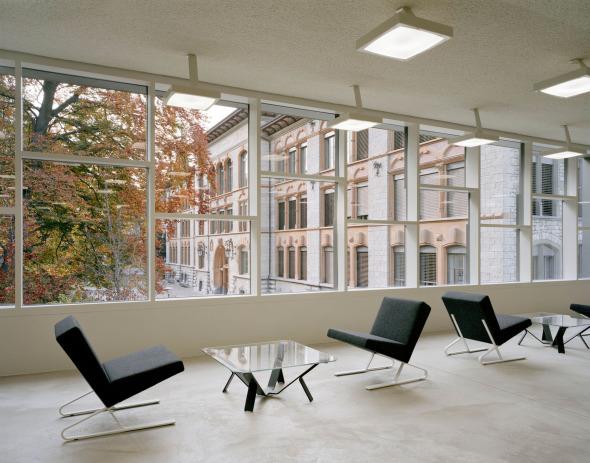 centre de médias © Schneider & Schneider Architekten