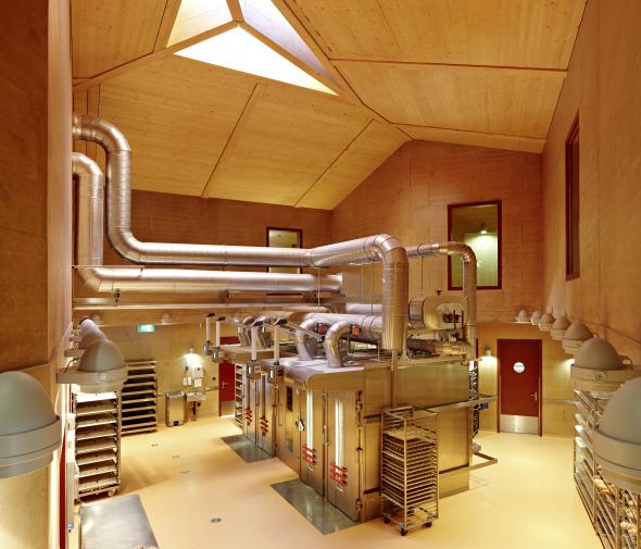 Bäckerei Produktionsgebäude mit Cafè © Ralph Feiner