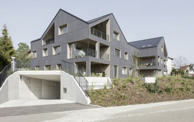 Energieautarkes Mehrfamilienhaus Brütten