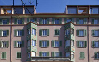 ABZ Wohnsiedlung Sihlfeld: tiefgreifende Sanierung und Aufstockung, Balkonanbauten