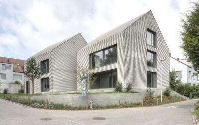 Häuser Adrina