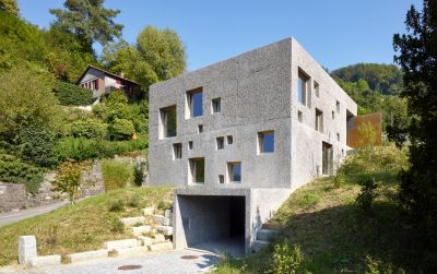 Neubau Betonhaus in Füllinsdorf