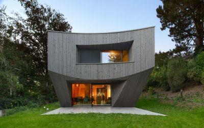 Casa Curved