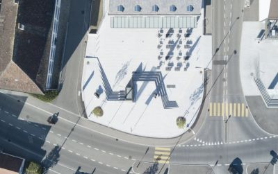 Vorplatz Raiffeisen Regio Frick